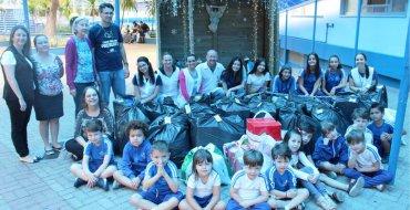 Entrega de presentes às Comunidades Santa Vitória, Horácio e Morro do 25